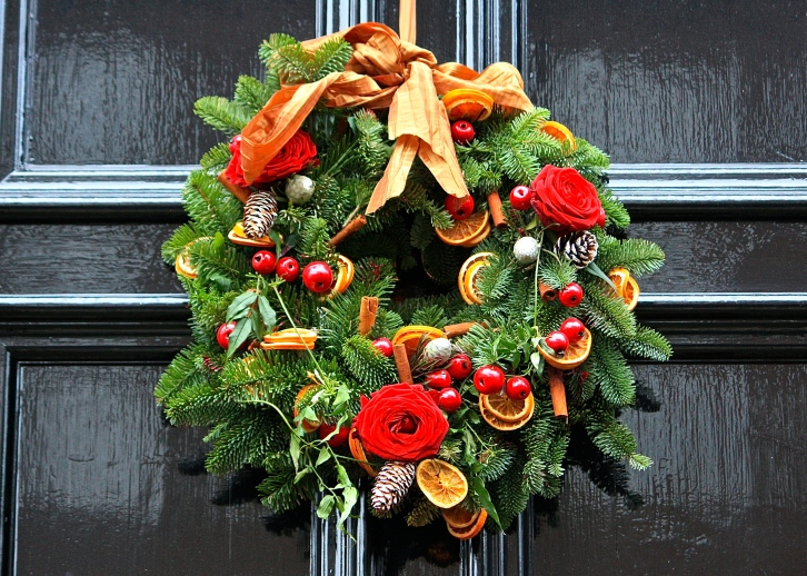 Christmas wreath, Hampstead, Boxing Day 2013