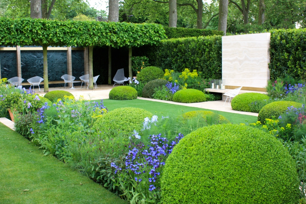 Style and substance - The Telegraph Garden designed by del Buono Gazerwitz