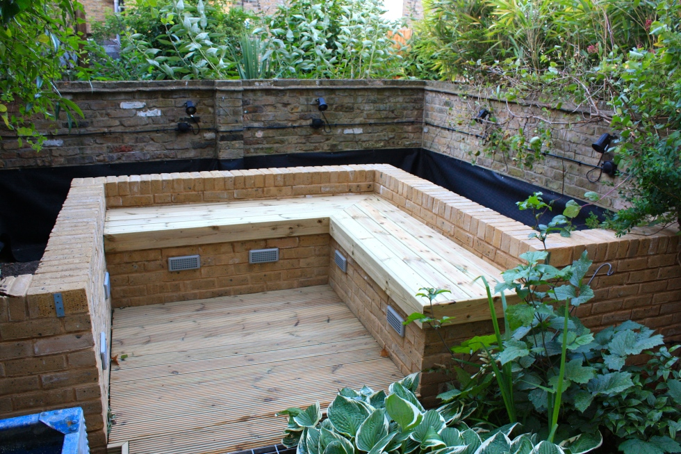Our London Garden, the new raised beds, June 2014