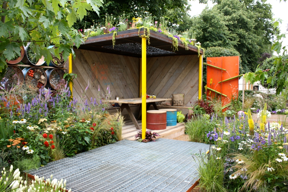 Featuring recycled and upcycled materials, a green roof, flowers, fruit, vegetables and herbs, Jeni Cairns' garden ticked all the boxes