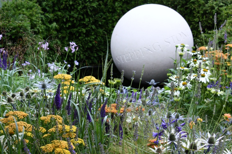 Exemplary planting was a feature of 'Untying the Knot' designed by Frederic Whyte for Bounce Back Foundation