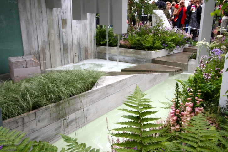 Costing just £15,000, this sunken garden by Alexandra Frogatt had all the quality of a garden costing ten times as much