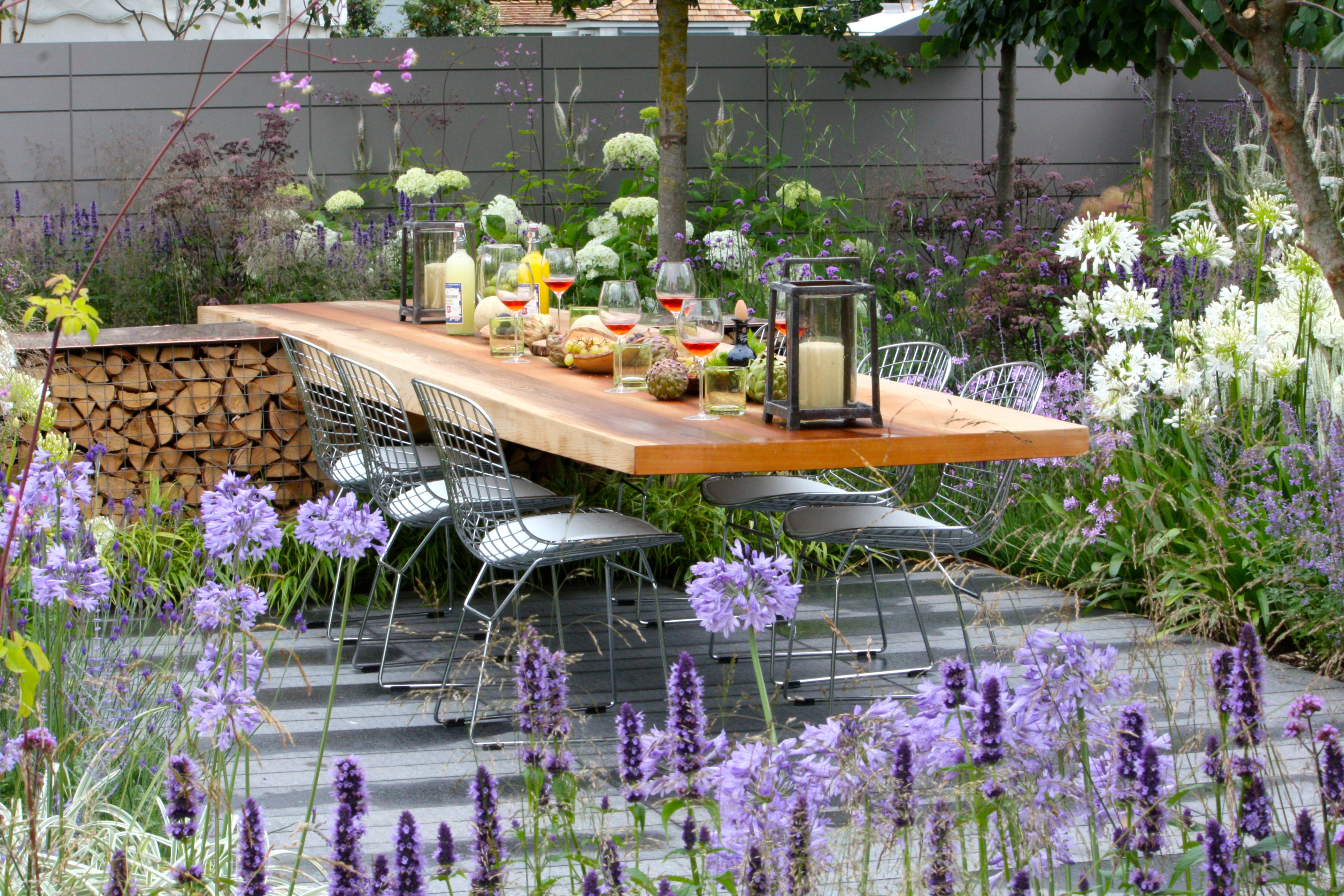 Rhs hampton court palace flower show 2014 show garden highlights the frustrated gardener - Hampton court flower show ...