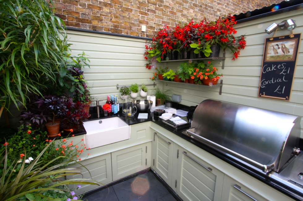 Our outdoor kitchen was much commented on.