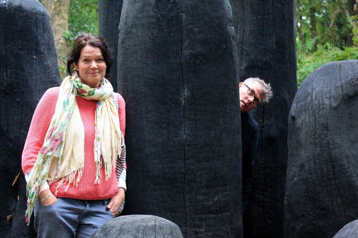 Friend Beth and Him Indoors make up their minds about David Nash's 'Black Mound'.