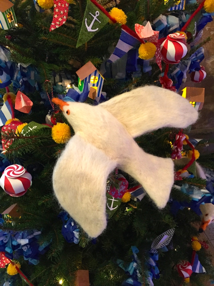 Riikka made three seagulls to decorate her tree using needle felt over a handmade wire frame