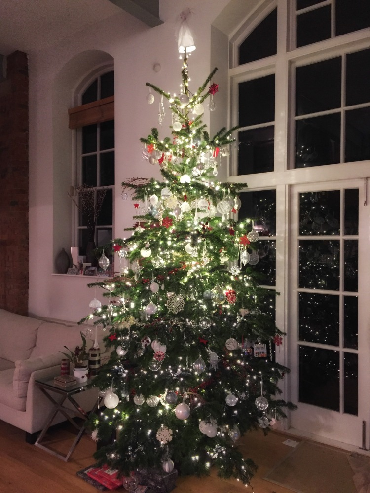 This year we chose a 12' Nordmann fir as our main tree in London