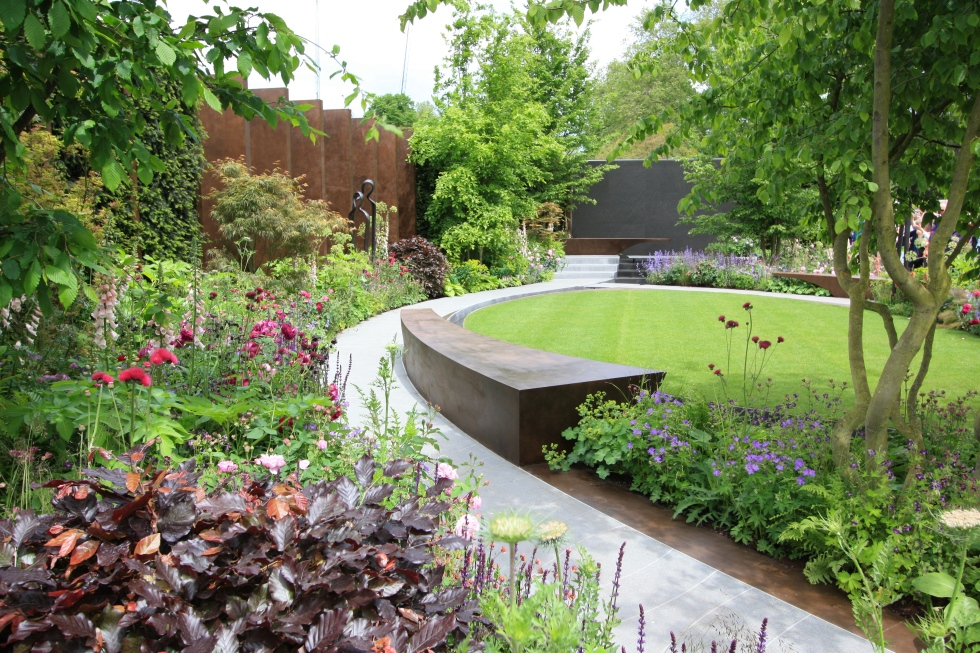 The Chelsea Barracks Garden designed by Jo Thompson: Gold
