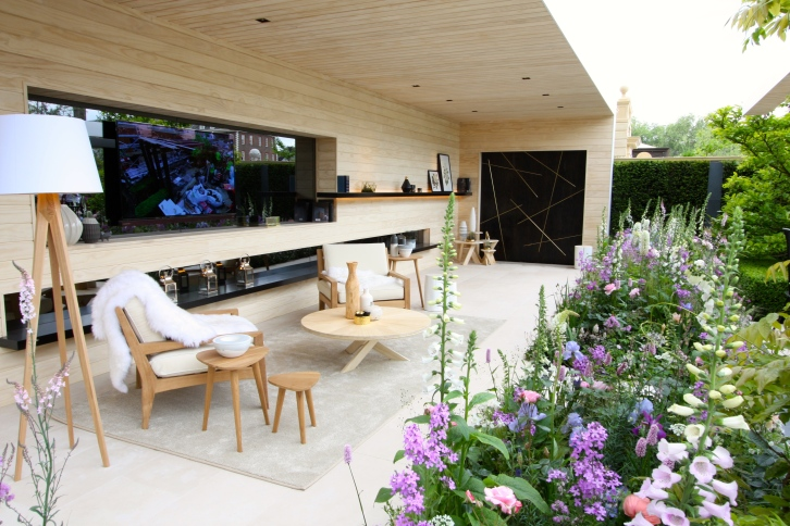 The LG Smart Garden designed by Hay Joung Hwang: Silver Gilt