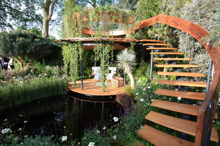 The Winton Beauty of Mathematics Garden designed by Nick Bailey: Silver Gilt