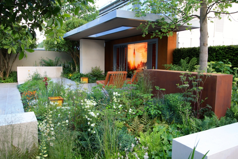 Vestra Wealth's Garden of Mindful Living designed by Paul Martin: Gold