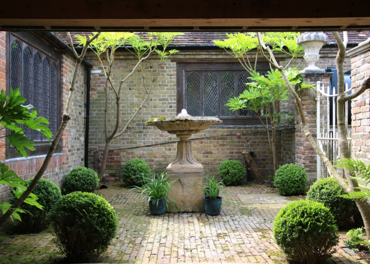 Courtyard Garden, The Chapel, Thorne Hill, Ramsgate, Kent