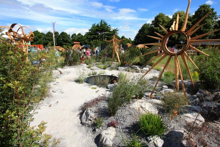 The Near Future Garden, Hampton Court 2016