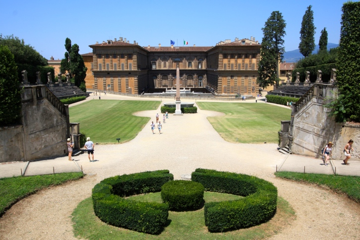 The Palazzo Pitti viewed from the far end of the amphiteatre