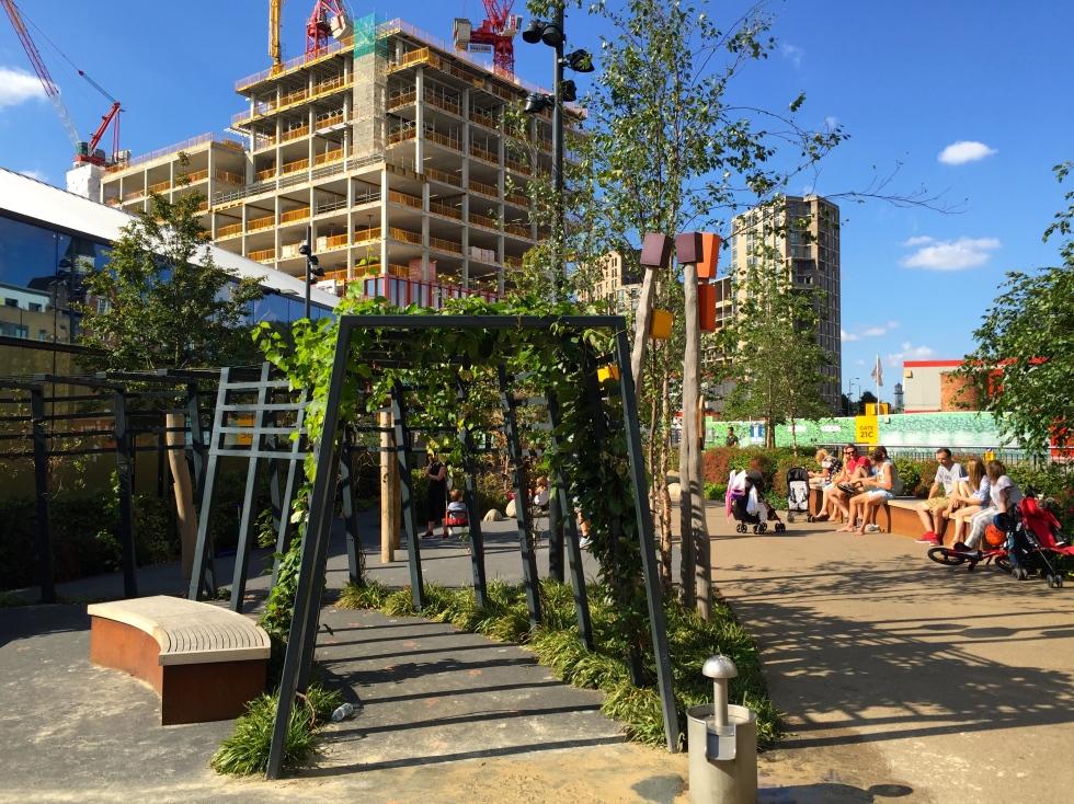 Handyside Gardens, King's Cross, London, August 2016