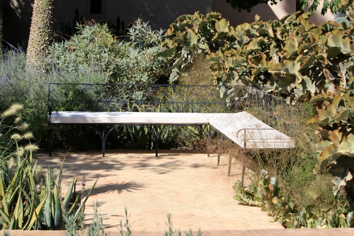 Elegant seating, the exotic garden, Le Jardin Secret, Marrakech, September 2016