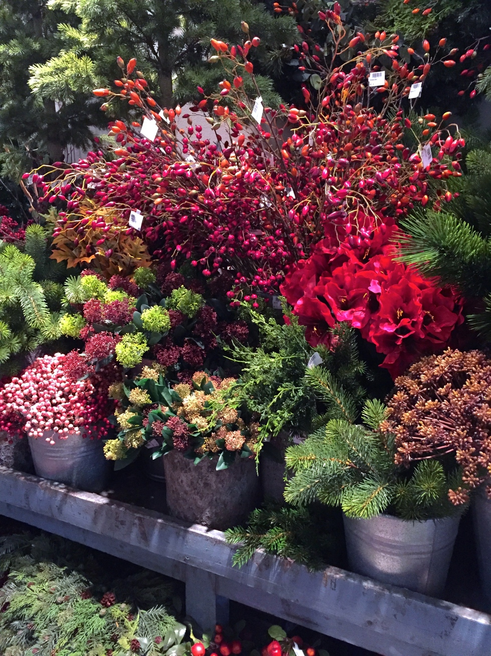 Artificial Christmas flowers and foliage, Christmas World, February 2017