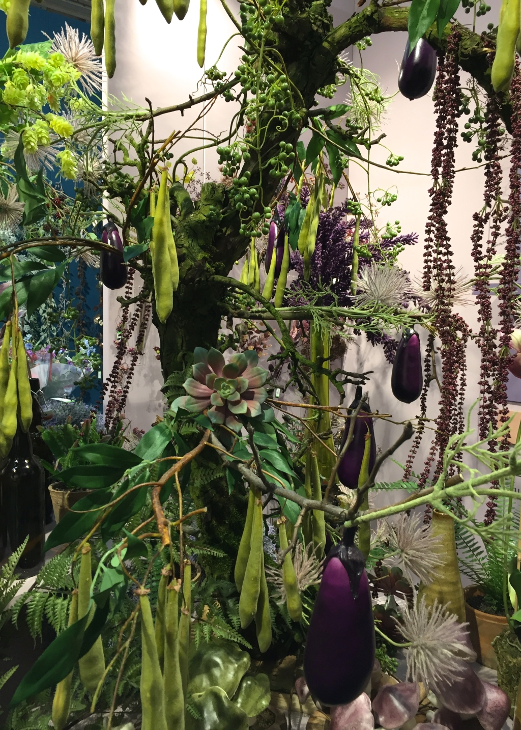 Arrangement of pods, fruits and foliage, Christmas World, January 2017