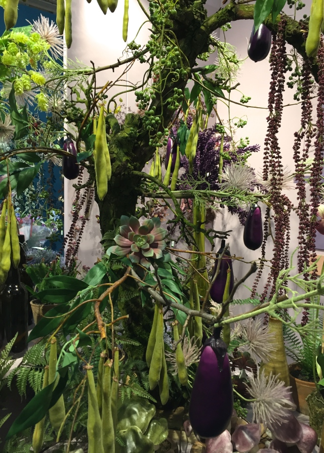 Arrangement of pods, fruits and foliage, Christmas World, January 2017